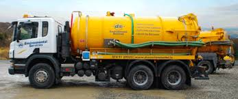 3300 gallon suction tanker
